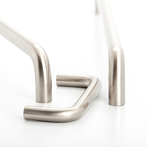 Castella Linear Conduit Brushed Nickel 224mm D Pull Handle