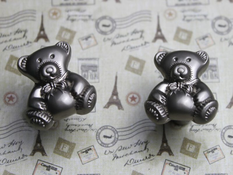 3764 Teddy Bear 28mm Silver Sand Knob