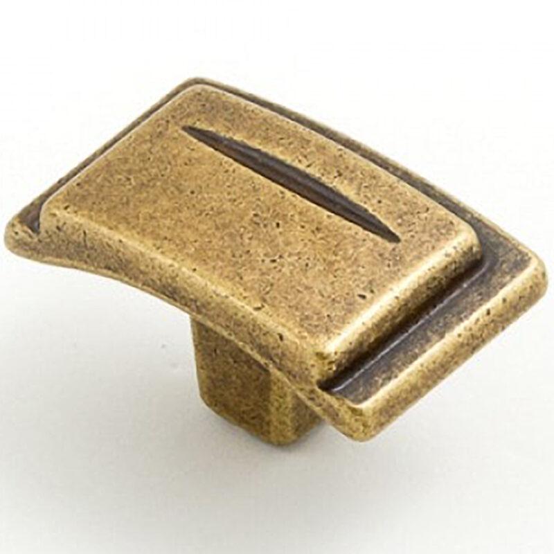 Castella Artisan Chisel Antique Brass Knob 086 038 03