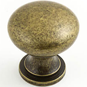 Castella Heritage Shaker Antique Brass 30mm Round Knob 50 030 003