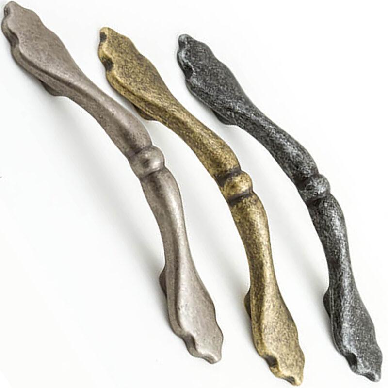 Castella Heritage Shaker Bow Handles Multi