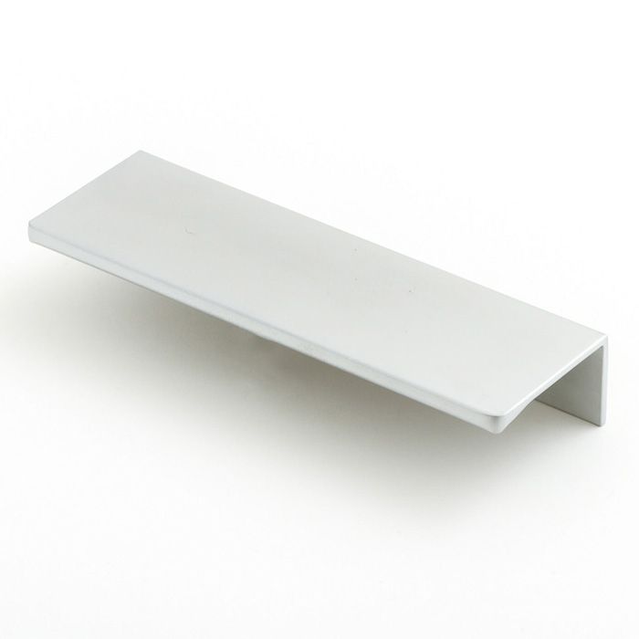 Castella Minimal Blade Satin Chrome 96mm Lip Pull Handle