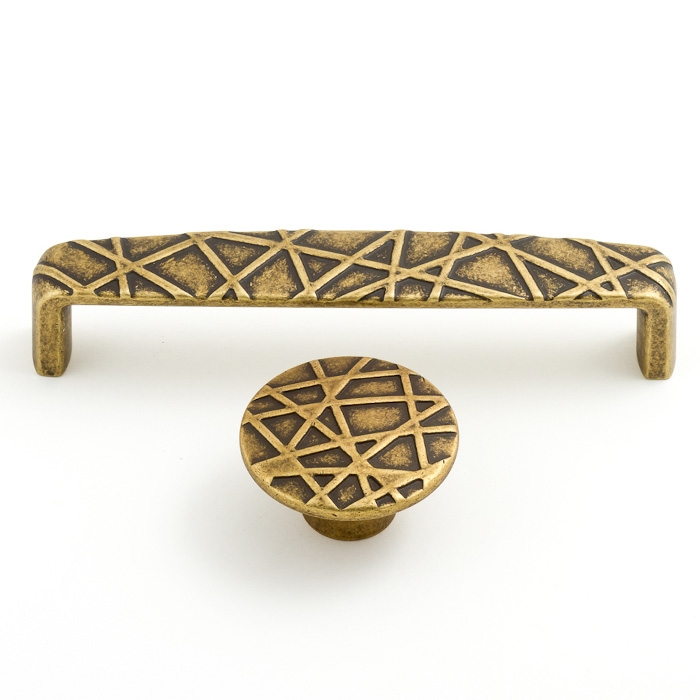 1634 Castella Artisan Tribal 45mm Antique Brass Knob