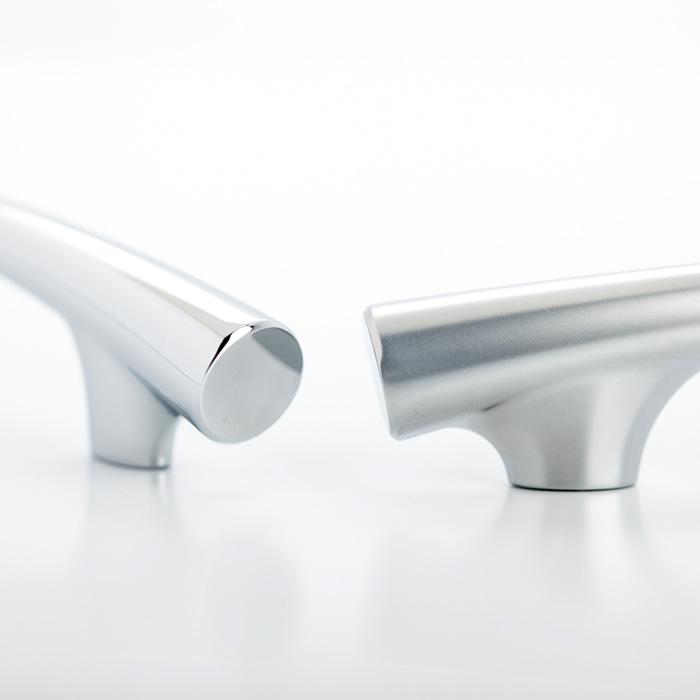 Castella Contour Taper Bow Polished Chrome 128mm Handle