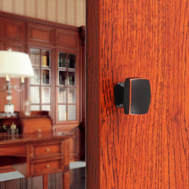 3689 Small Town Collection Antique Black With Red Copper Highlight 30mm Rectangle Knob