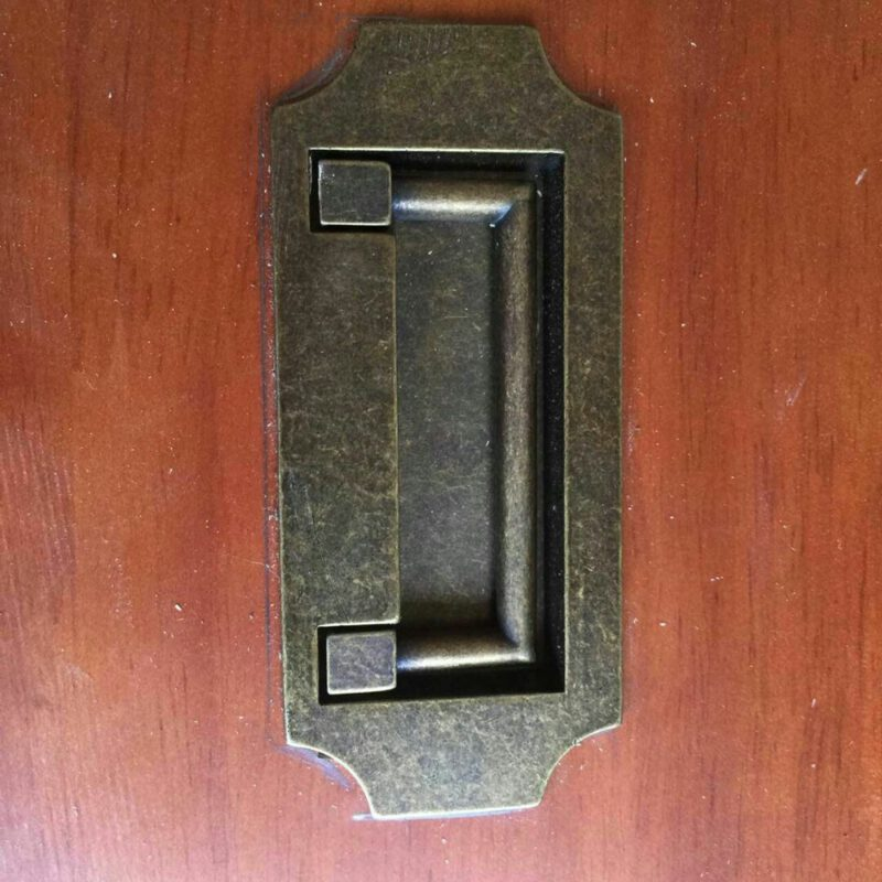 3750 Small Town Collection Bronze 82mm Inset Swivel Rectangle Drop Pull