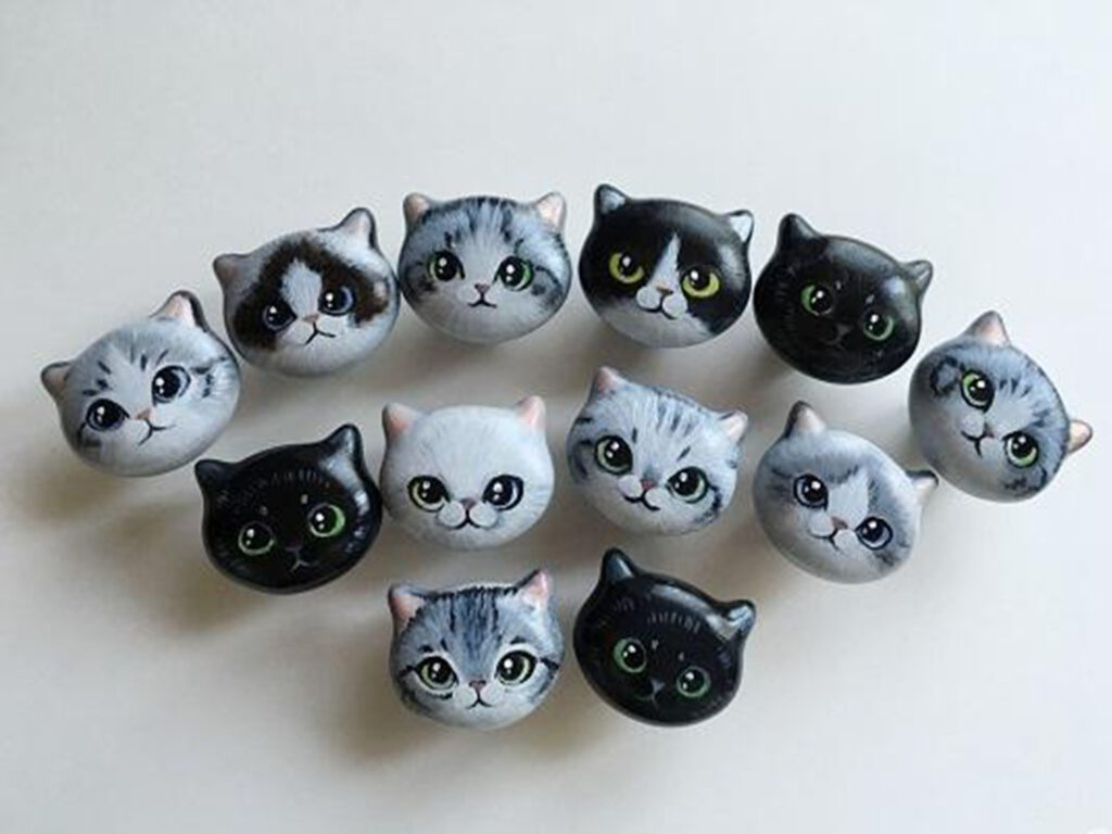 Custom Hand Painted Ceramic 42mm Kitten Face Knob