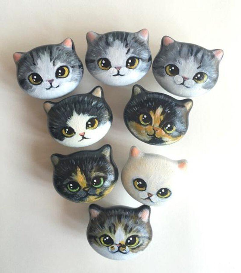 4133 Custom Hand Painted Ceramic 42mm Kitten Face Knob