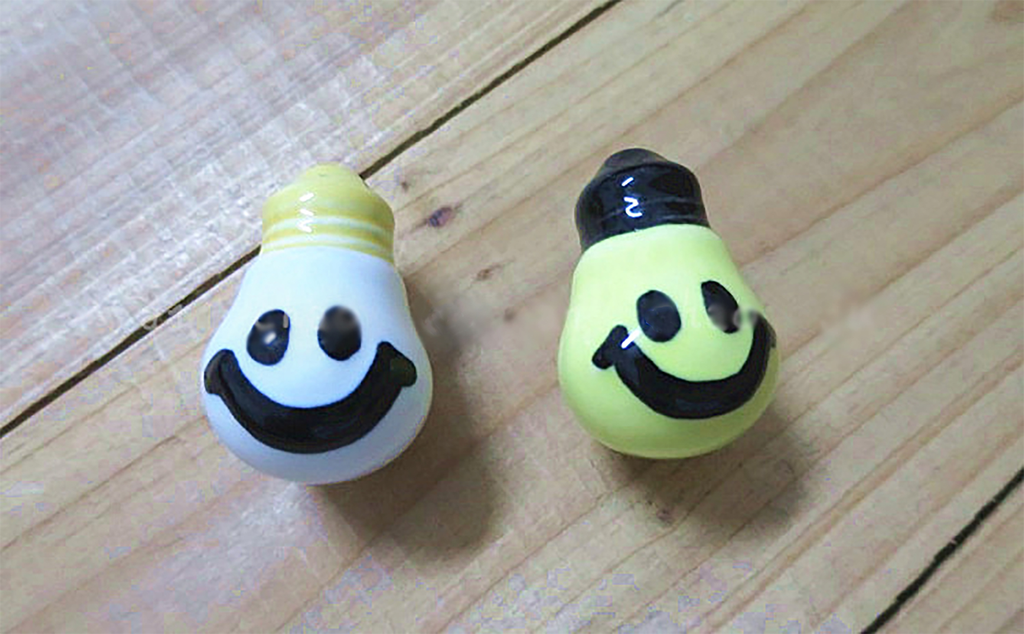 Light Bulb Knobs1