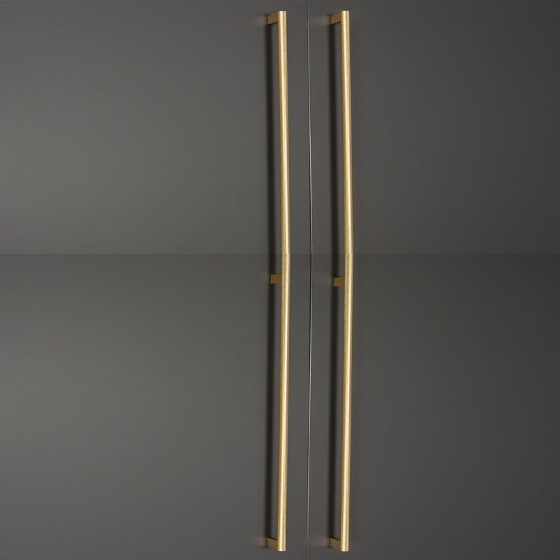 Furnware Dorset Graf 1178mm Brushed Dark Brass D Pull Handle Dst G0430 1178 Bdb Fg Installed2